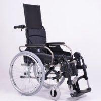 Wózek inwalidzki stabilizujący plecy oraz głowę
